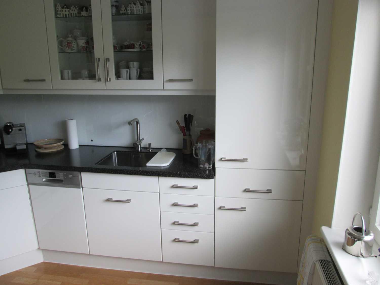 Küchenfront und Arbeitsplatte fertig ausgetauscht