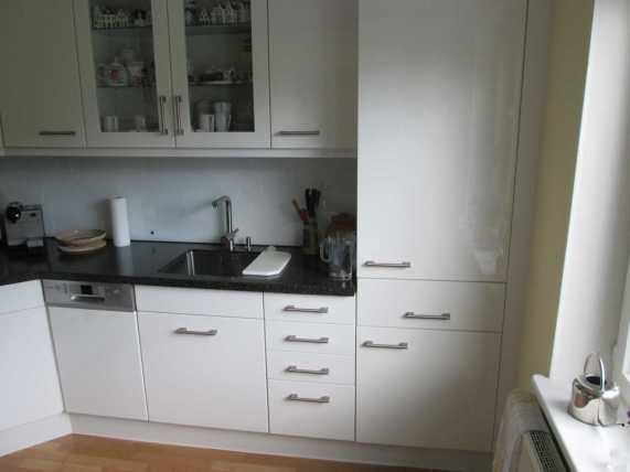 wir tauschen k chenfronten und k chenarbeitsplatten tischlerei albers. Black Bedroom Furniture Sets. Home Design Ideas