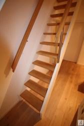 Dachbodentreppe_011
