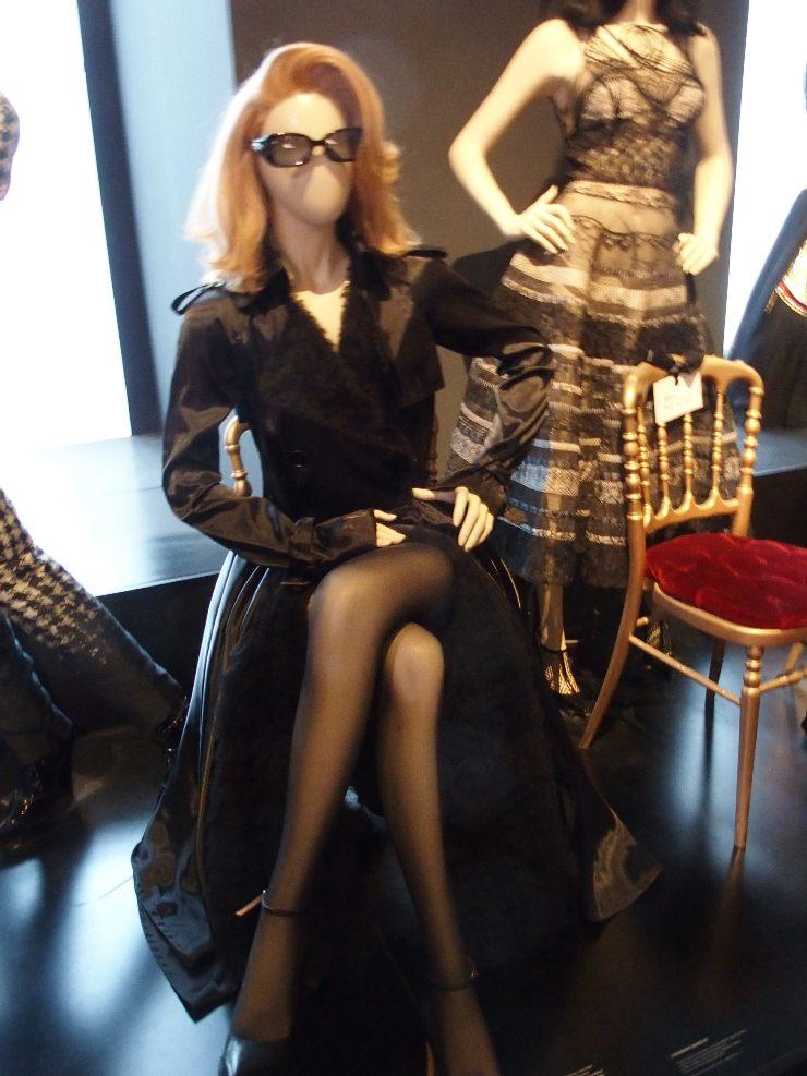 Catherine Deneuve mannequin