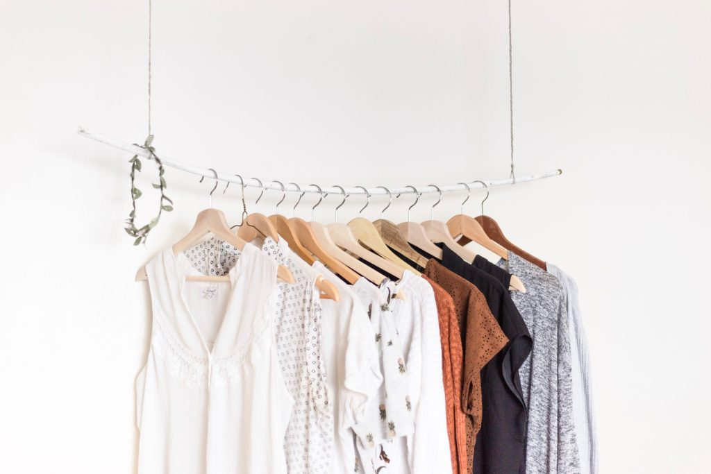 My Handmade Capsule Wardrobe Experiment | Photo by Priscilla Du Preez on Unsplash