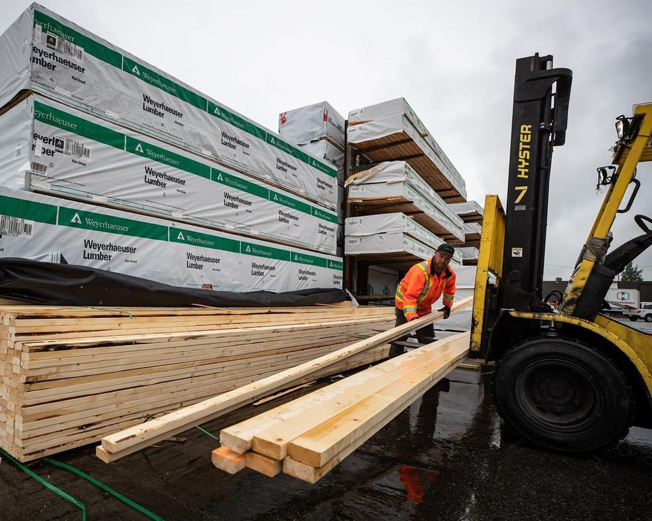 , U.S.A doubles tariffs on Canadian softwood lumber imports