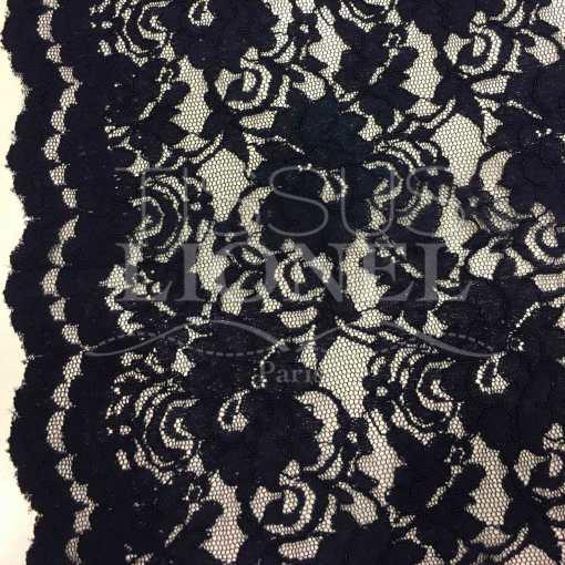 Tissu dentelle couture festonnée marine