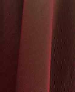 Velours de soie rouge changeant vert