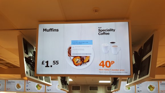 Java error message on a screen showing a muffin advert at ikea