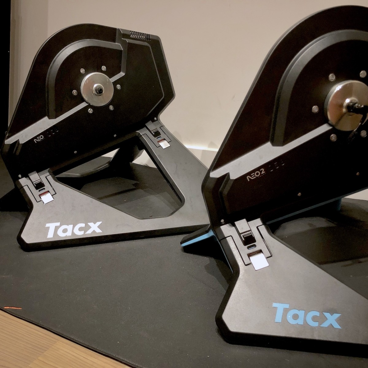 TitaniumGeek IMG 6118 Tacx NEO 2 Smart Trainer & Tacx NEO Smartbike ​  Preview Cycling Gear Reviews Smart Trainers Zwift  Zwift TacX Neo Tacx Smart trainer smart bike cycling   Image of IMG 6118