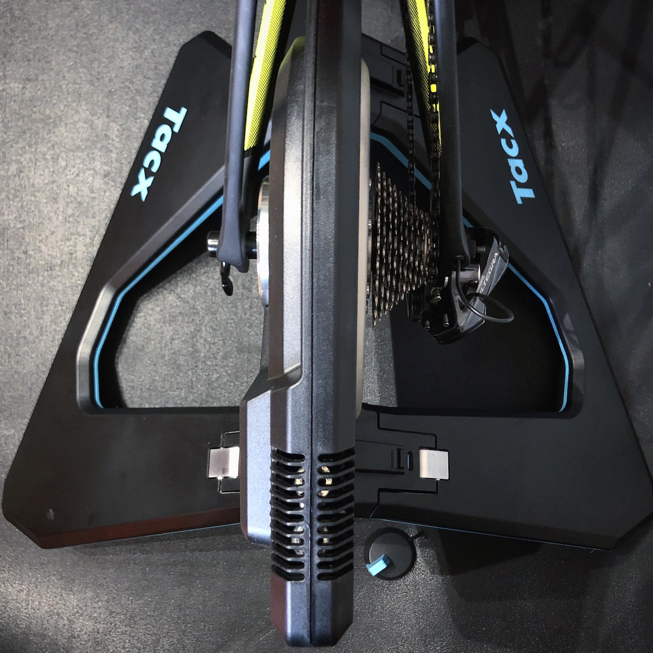 TitaniumGeek IMG 5784 Tacx NEO 2 Review | ZWIFT GEAR TEST Cycling Gear Reviews Smart Trainers Zwift  Zwift tacx neo 2 cycling   Image of IMG 5784