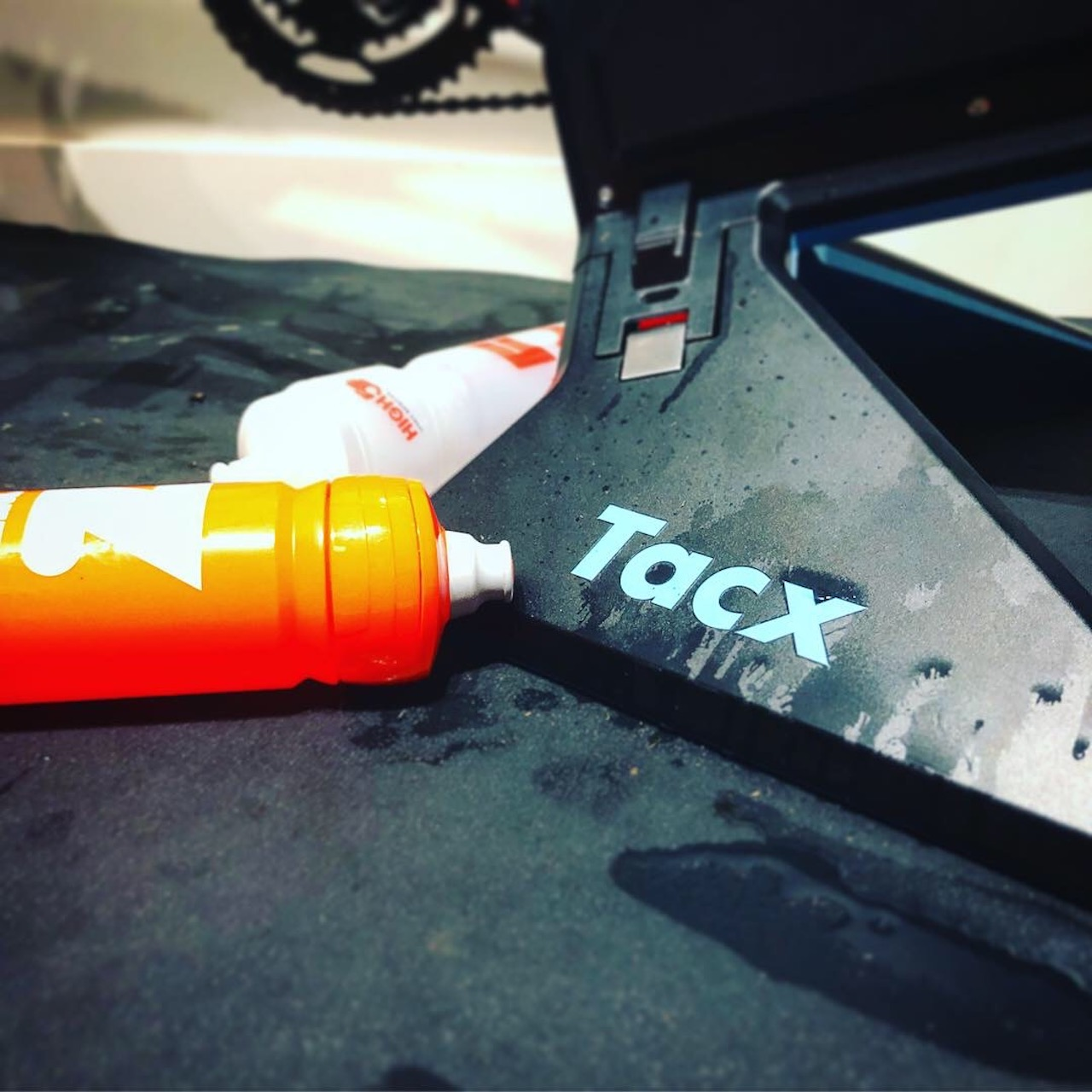 TitaniumGeek IMG 6019 1 Tacx NEO 2 Review | ZWIFT GEAR TEST Cycling Gear Reviews Smart Trainers Zwift  Zwift tacx neo 2 cycling   Image of IMG 6019 1