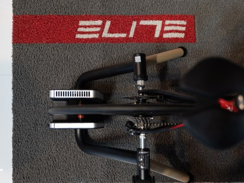 TitaniumGeek Elite TUO 13 of 21 Tacx Flux Smart Turbo Trainer Review   Zwift Gear Test | TitaniumGeek Cycling Gear Reviews Smart Trainers Zwift  Zwift Gear Test Zwift Turbo Trainer Turbo Tacx Smart trainer Neo indoor trainer flux Edco Hub edco cycling   Image of Elite TUO 13 of 21