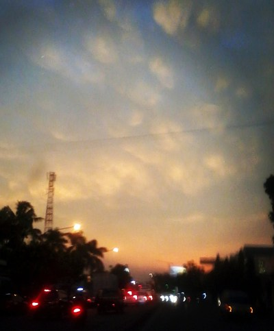 awannya lucu, di jalan Soekarno, 2014 Hatta