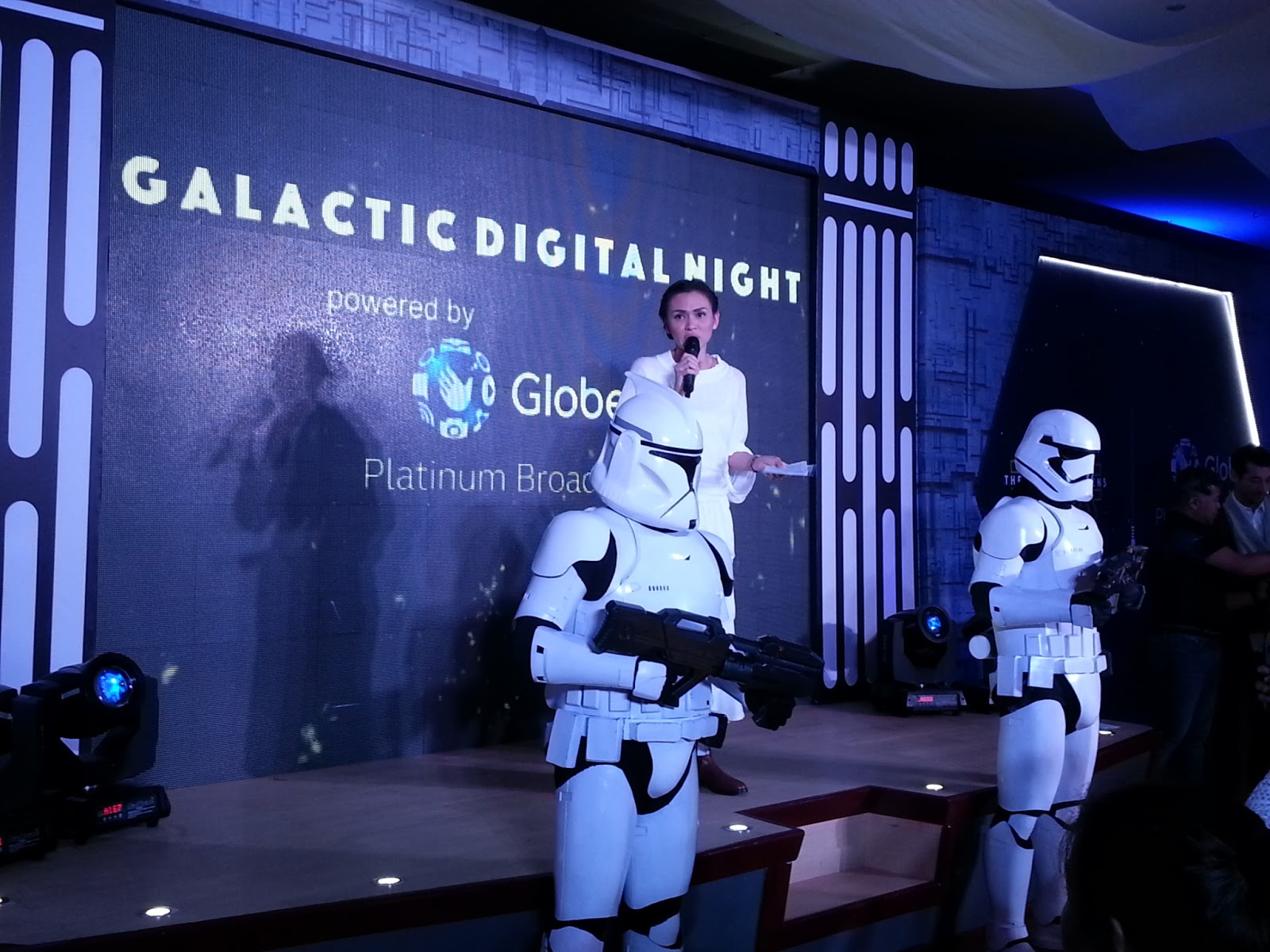Enjoy Globe's Star Wars Galactic Celebration with your loved