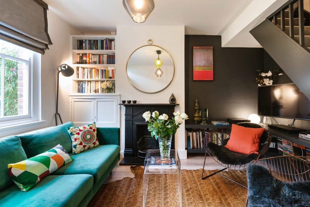 london-airbnb-living-room-e1539104712815