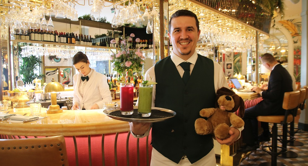 Dimitris at The Ivy - Title Sussex Magazine www.titlesussex.co.uk