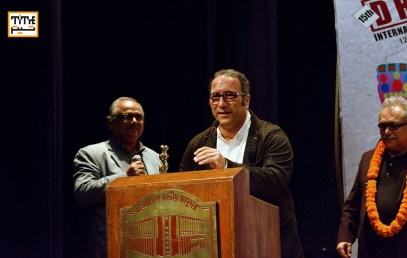 "Reza Mirkarmi receiving the first award for his film ""Doughter"" in the Asia Pacific Section"