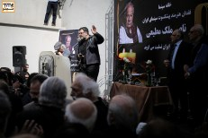محسن امیریوسفی و فریدون جیرانی در مراسم وداع با ناصر ملک مطیعی در خانه سینما - عکس از مجید فراهانی