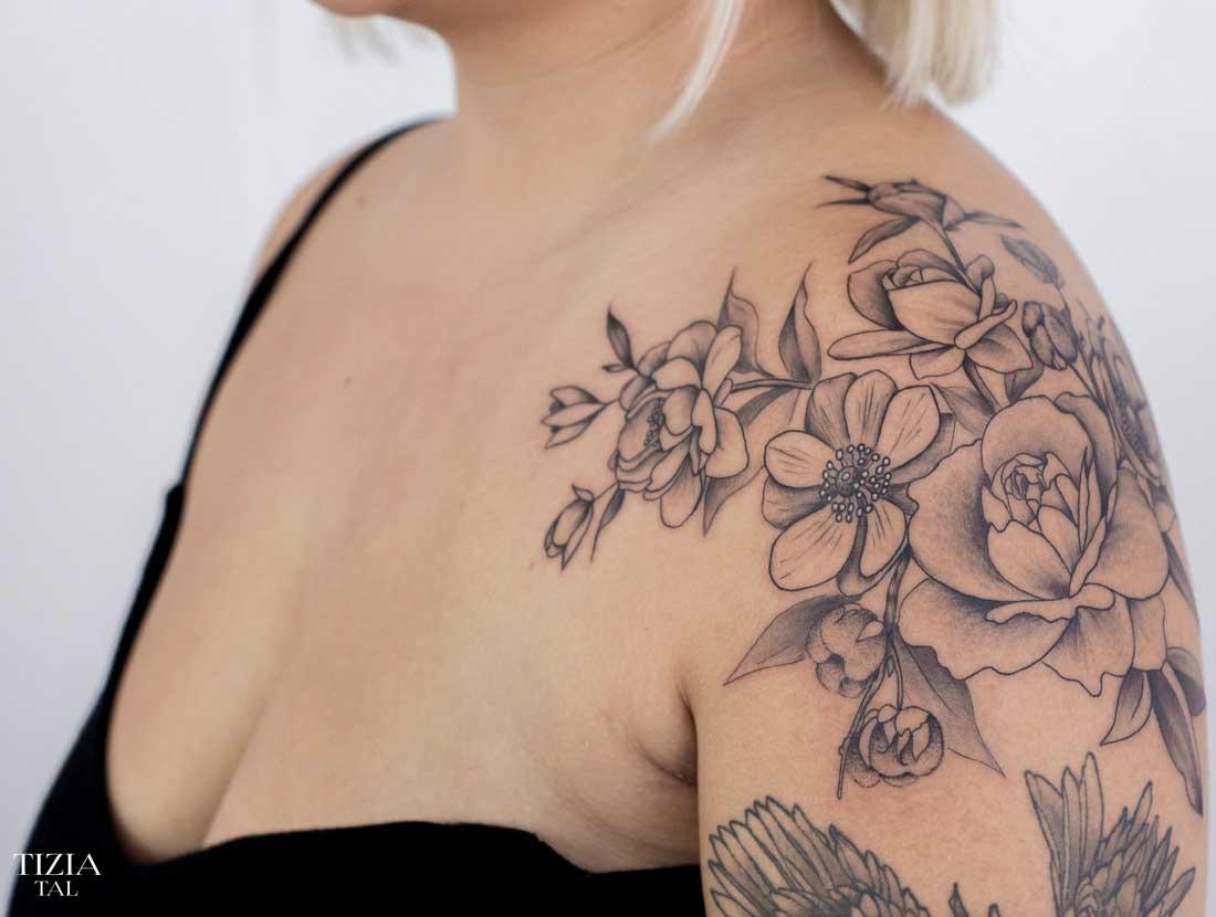 tattoo-epaule-fleur-diana