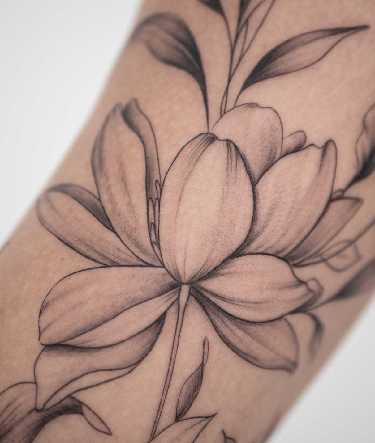 tatouage-de-fleur-france