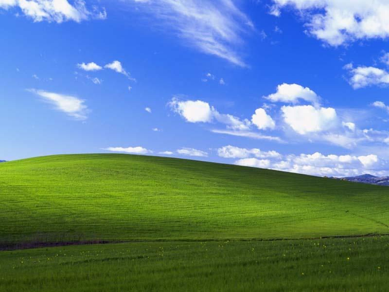 Windows XP Desktop Background: ‡Œ‹Bliss.