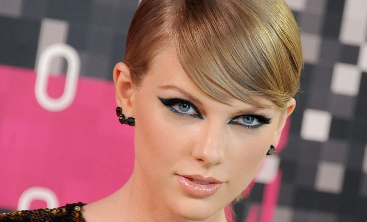 What Taylor Swift Can Teach You About Radio Performance