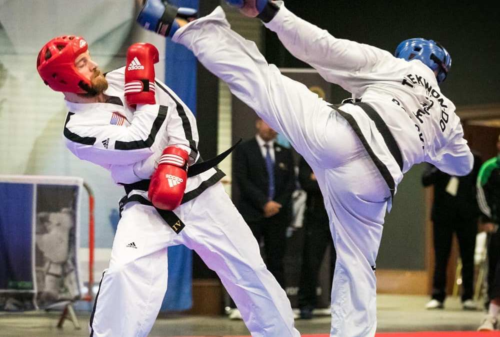 Is it ok to lean in ITF sparring?