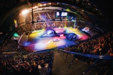 Sony Xperia Freestyle X-Night v Steel Aréne prilákal 7500 divákov.