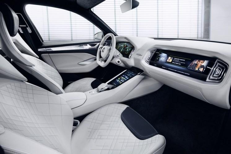 Spoločnosť ŠKODA AUTO v budúcnosti rozšíri svoju kompetenciu v oblasti autonómneho riadenia