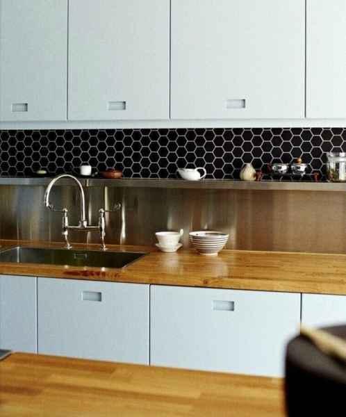 black kitchen tiles Kitchen Tiles: 5 Splashback Ideas plus Expert Tips
