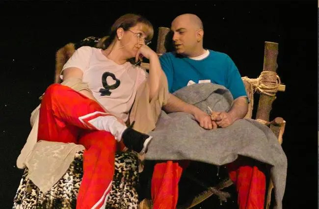 Georgiana R. Staley and Wayne Meadows star as Woman and Man in The Everett Theatre's production of WOMEN ARE FROM VENUS, MEN ARE FROM URANUS.