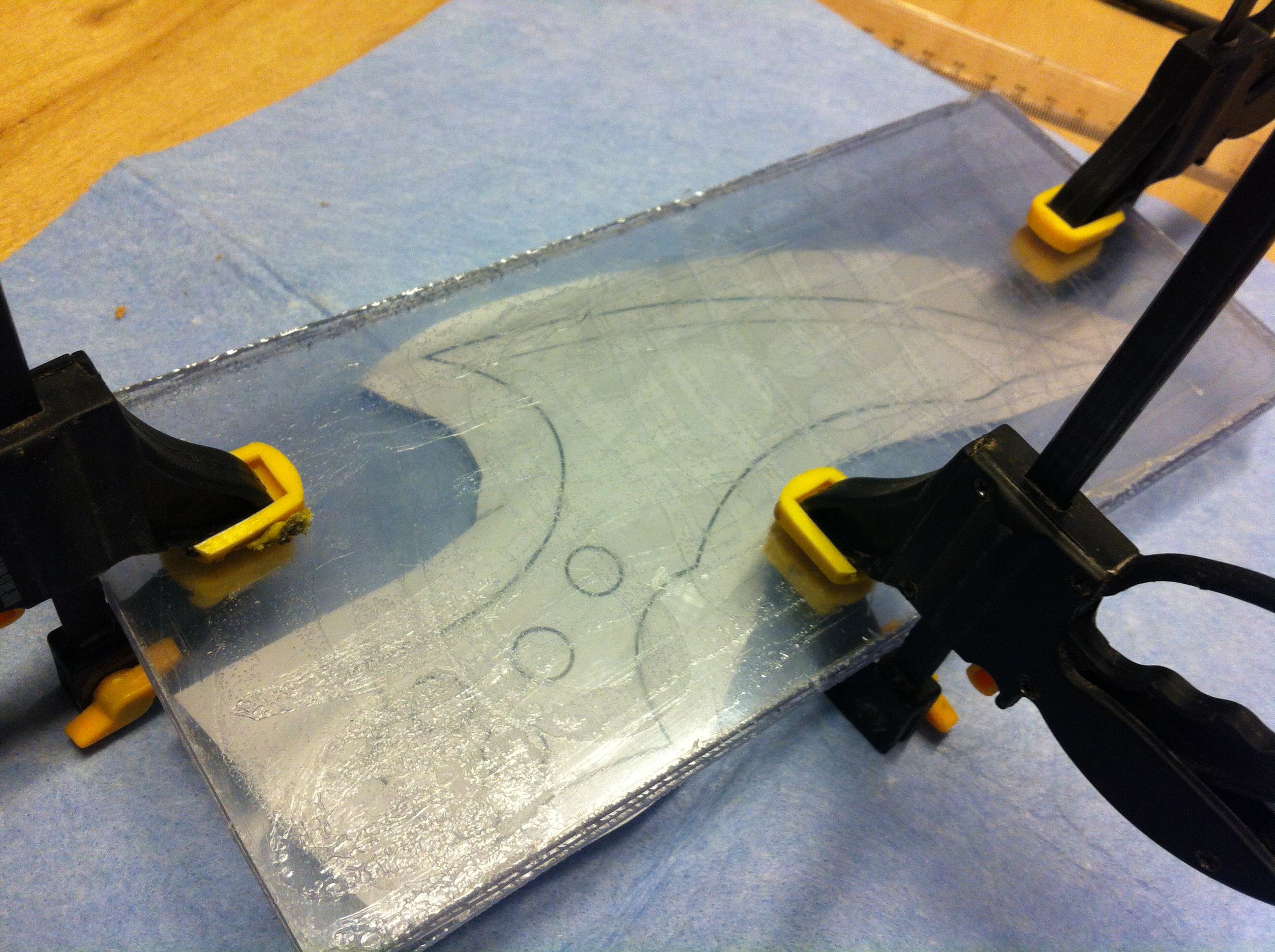 How To Cut Plexiglass With Dremel