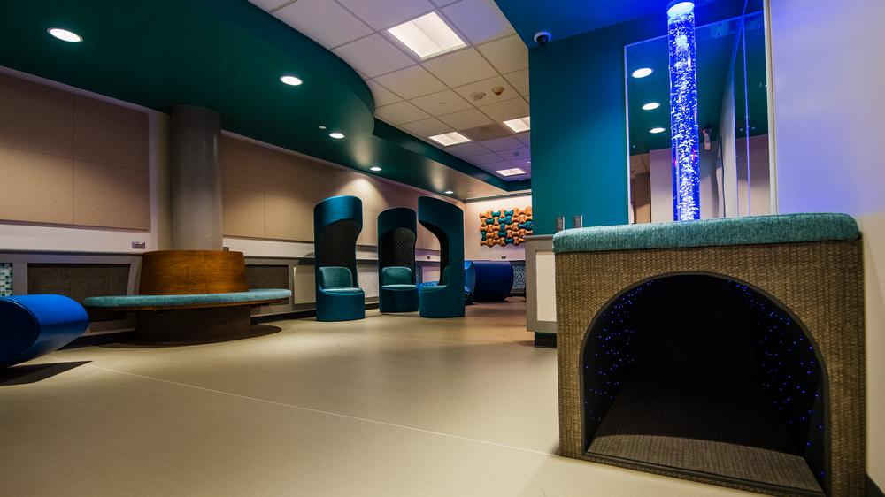 撫平飛行焦慮!美國匹茲堡機場的感官體驗空間 Presley's Place | TRAVELER Luxe
