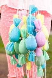 Happy Easter – Silk Tie Dye eggs, easter poppers