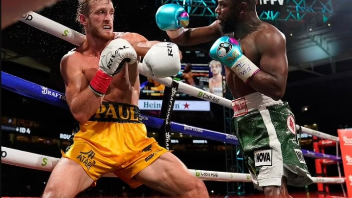 Youtuber, Logan Paul Survives Eight-Round Fight Against Floyd Mayweather With No Knockout