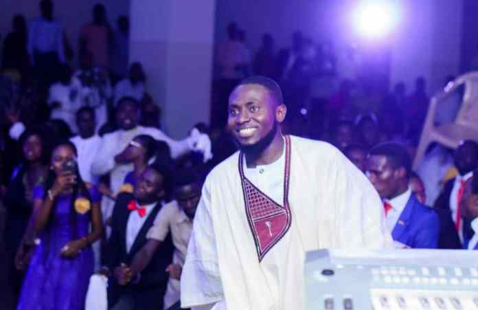 Minister Igwe features MOG on his come back single, Prophesy