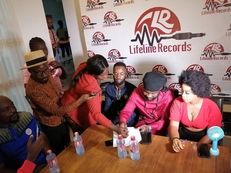 Budding Musicians Abochi & Dede Supa Ink 5-Year Record Deal With LifeLine Records