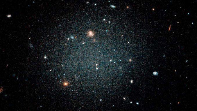Виявлена галактика без темної матерії