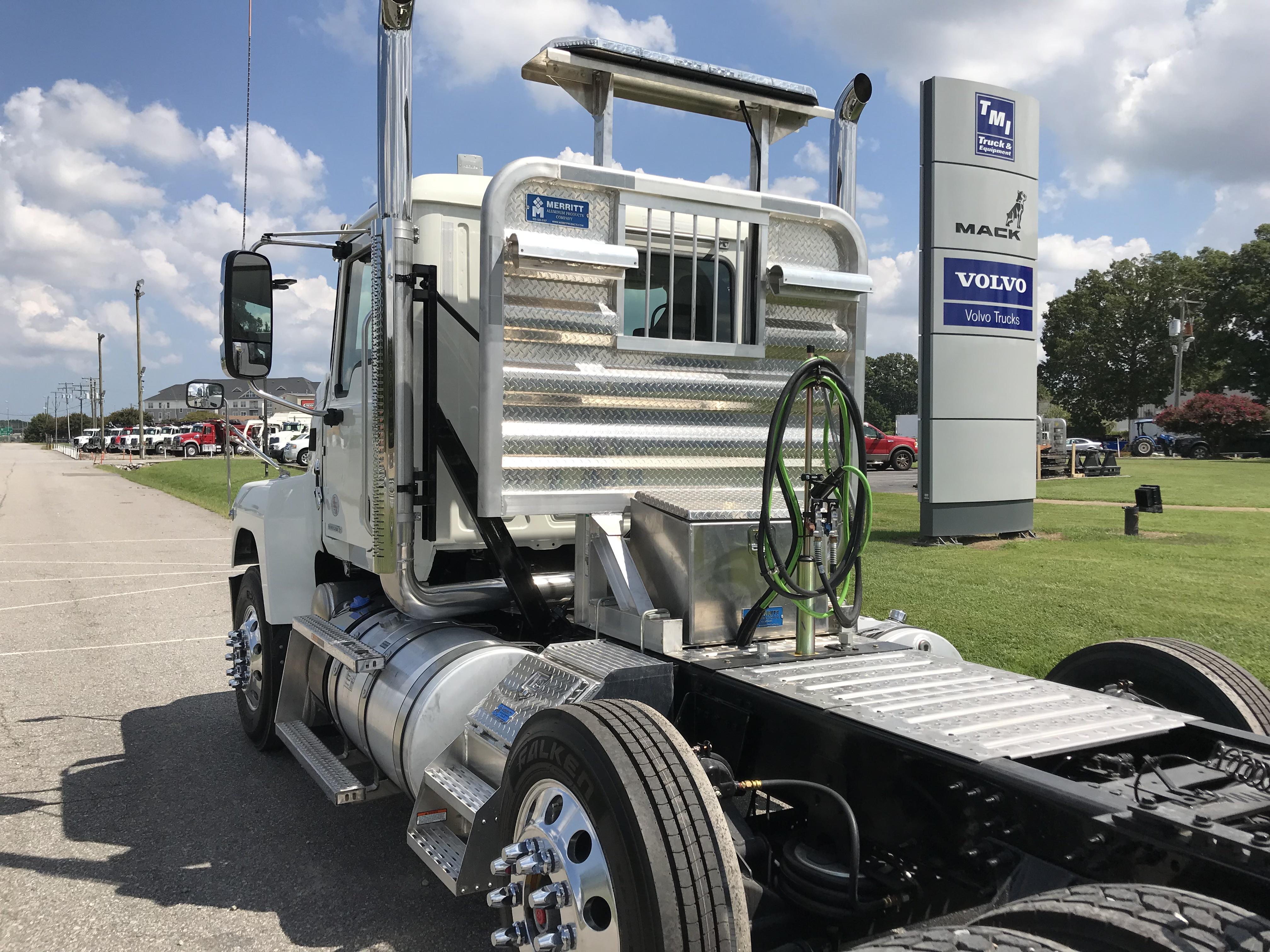 truck equipment trailer parts