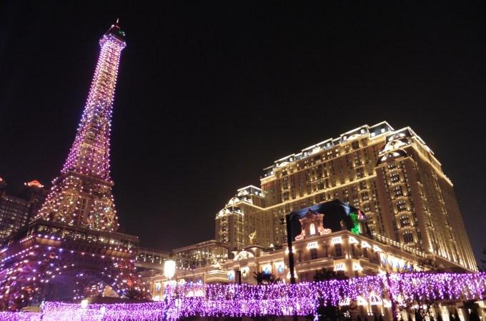 澳門巴黎人自助餐 超狂排隊&澳門巴黎鐵塔 億萬夜景