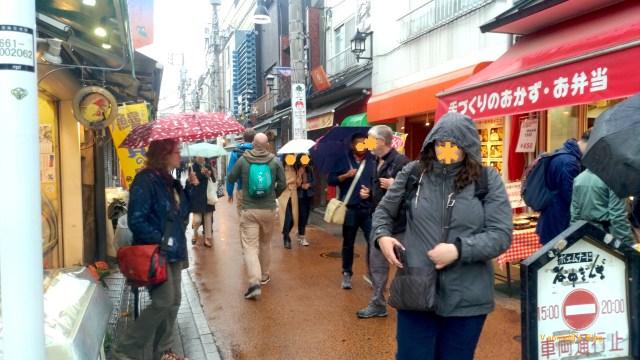 tokyo-yanesen-yanakaginza-foreigners