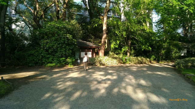 tokyo-rikugien-mother and child