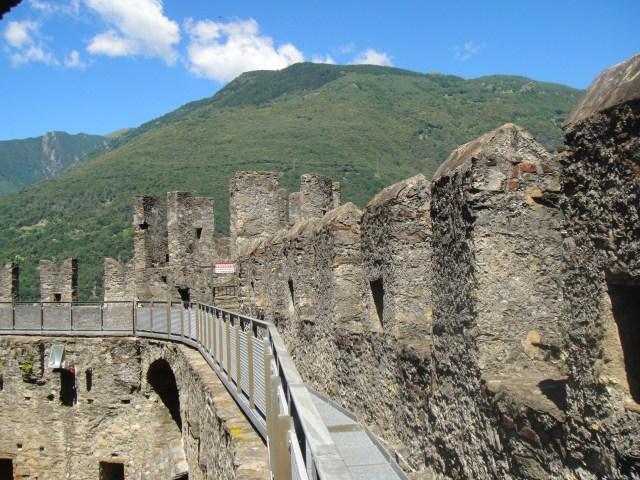 貝林佐納 蒙特貝羅城堡 Castle Montebello
