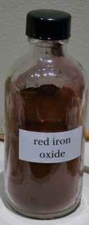 Red iron oxide (for paints and glazes)