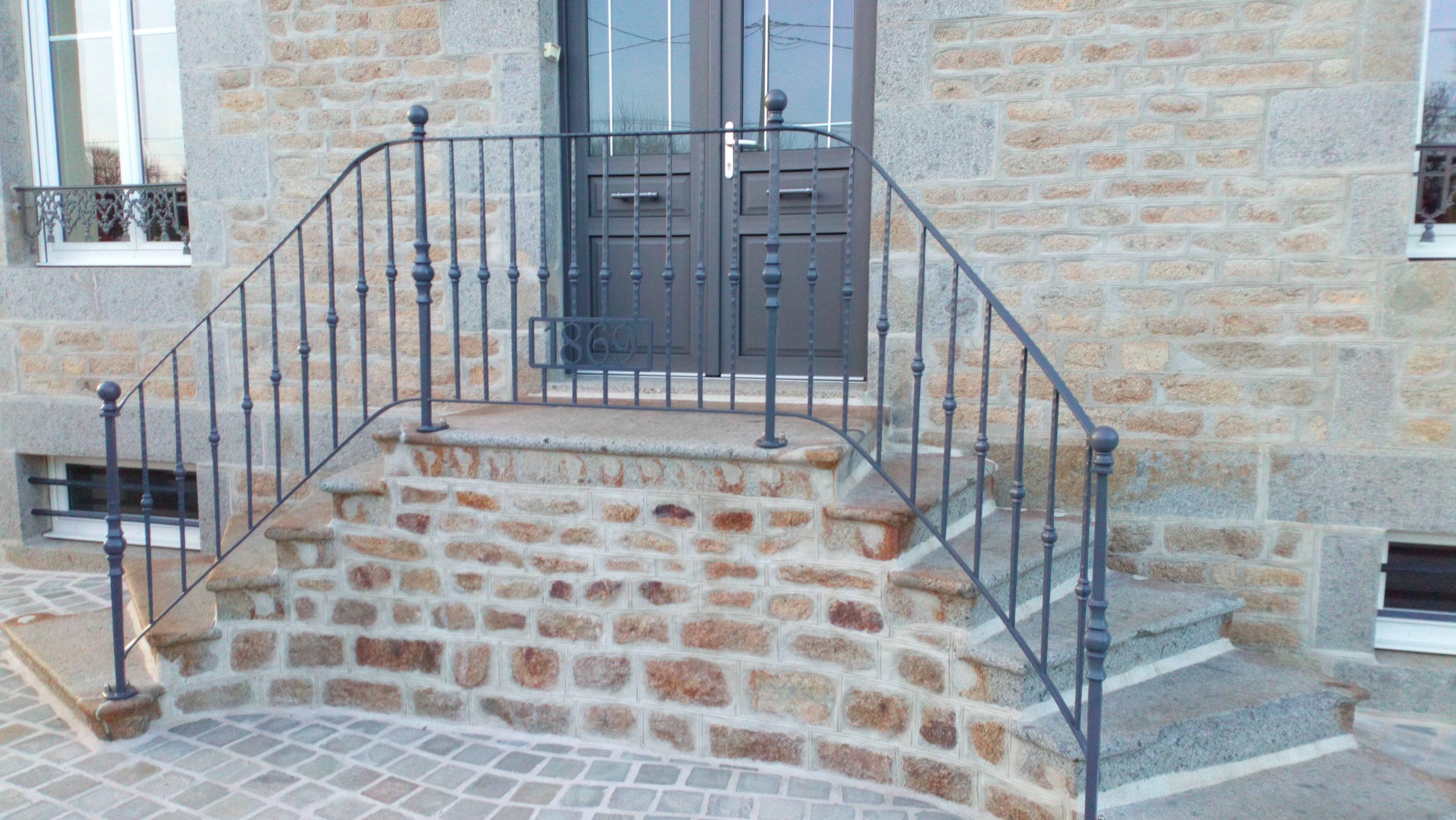 Escaliers et gardes corps acier