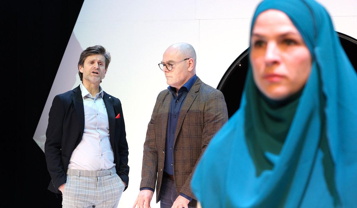 Mindlab-19_TheaterMakers Radio Kootwijk _Olaf Malmberg Pieter van der Sman en Sophie Schut (c)Bart Verhoeven