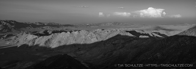 Sawtooth in Monochrome, Panorama