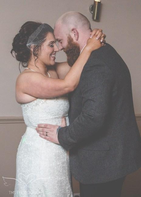 weddingphotographer_Sheffield_BeauchiefHotel (47 of 54)