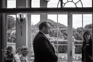 weddingphotography_Staffordshire_DovecliffeHall-71