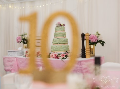 wedding_photographer_leicestershire_royalarmshotel-106