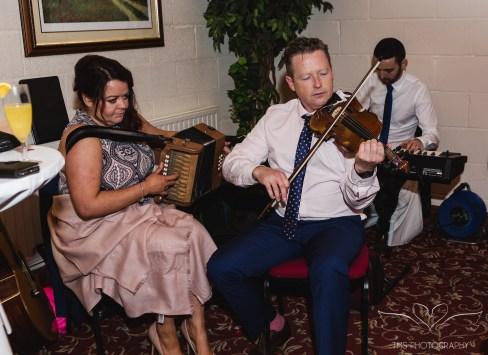 wedding_photographer_leicestershire_royalarmshotel-93