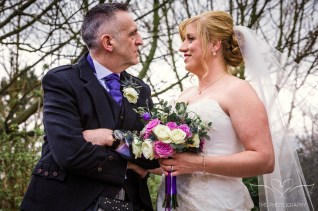 wedding_photography_staffordshire_branstongolfclub_pavilion-107