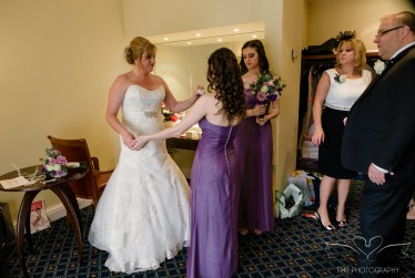 wedding_photography_staffordshire_branstongolfclub_pavilion-61